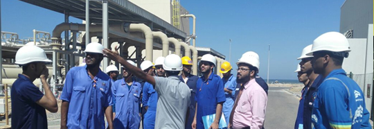 MECHANICAL ENGINEERING STUDENTS VISIT DESALINATION PLANT IN SUR